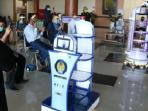 Unesa Ciptakan Robot KECE, Dapat Kirim Obat serta Putar Lagu untuk Penderita COVID- 19