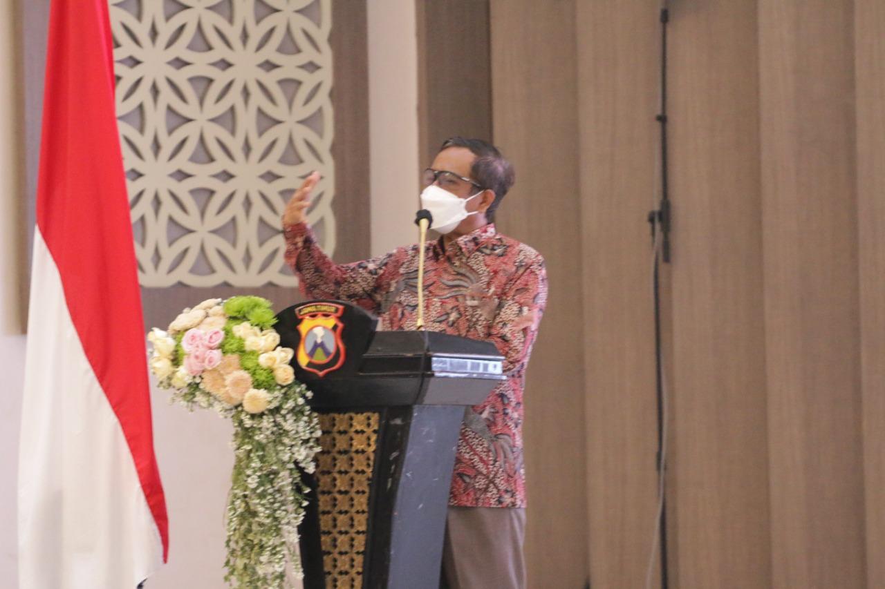 Menkopolhukam Silaturahmi Dengan Budayawan dan Seniman Se-Jatim | Memo Surabaya